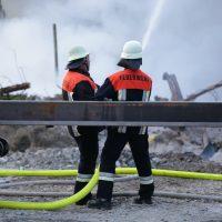 2020-04-27_Unterallgaeu_Fellheim_Brand_Industriepark_Feuerwehr_Poeppel_IMG_6629