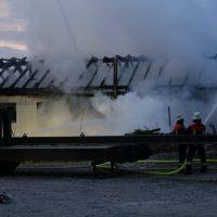 2020-04-27_Unterallgaeu_Fellheim_Brand_Industriepark_Feuerwehr_Poeppel_IMG_6630
