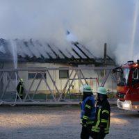 2020-04-27_Unterallgaeu_Fellheim_Brand_Industriepark_Feuerwehr_Poeppel_IMG_6632