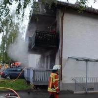 2020-05-03_Woerishofen_Unterallgaeu_Brand-Mehrfamilienhaus_Feuerwehr_Rizer_DSC_0018_1