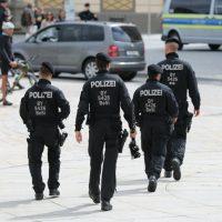 2020-05-16_Kempten_Demo_Grundgesetz_Impfen_Wahrheit_Presse_Polizei_Poeppel_IMG_6722