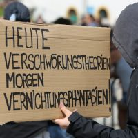 2020-05-16_Kempten_Demo_Grundgesetz_Impfen_Wahrheit_Presse_Polizei_Poeppel_IMG_6749