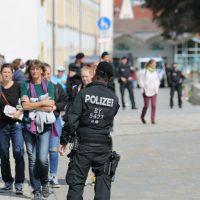 2020-05-16_Kempten_Demo_Grundgesetz_Impfen_Wahrheit_Presse_Polizei_Poeppel_IMG_6769