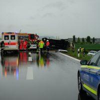 2020-05-23_A7_Memmingen_Woringen_Unfall_Serie_Feuerwehr_Polizei_Poeppel_DSC01769