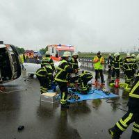 2020-05-23_A7_Memmingen_Woringen_Unfall_Serie_Feuerwehr_Polizei_Poeppel_DSC01785