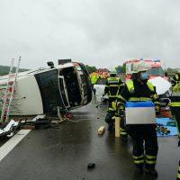 2020-05-23_A7_Memmingen_Woringen_Unfall_Serie_Feuerwehr_Polizei_Poeppel_DSC01787