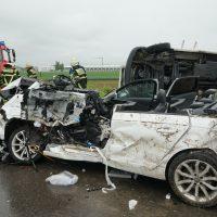 2020-05-23_A7_Memmingen_Woringen_Unfall_Serie_Feuerwehr_Polizei_Poeppel_DSC01791