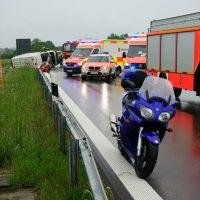 2020-05-23_A7_Memmingen_Woringen_Unfall_Serie_Feuerwehr_Polizei_Poeppel_DSC01800