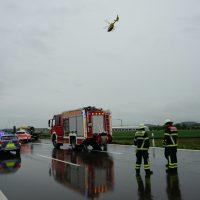 2020-05-23_A7_Memmingen_Woringen_Unfall_Serie_Feuerwehr_Polizei_Poeppel_DSC01811