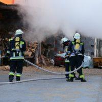 2020-05-29_Unterallgaeu_Groenenbach_Zell_Brand_Saegewerk_Feuerwehr_Polizei_Poeppel_IMG_6907