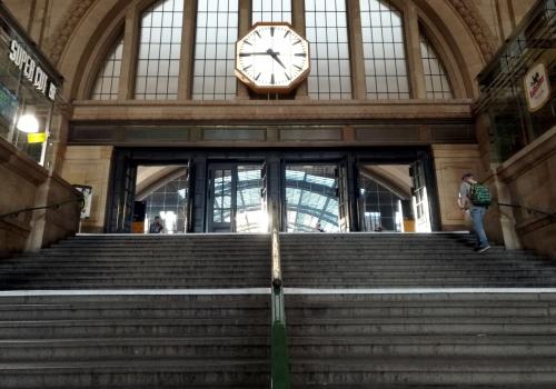 Bahnhofsuhr im Leipziger Hauptbahnhof, über dts Nachrichtenagentur