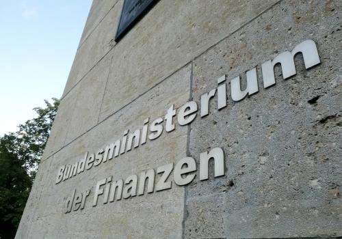 Steuereinnahmen im Mai 20 Prozent niedriger   New-Facts.eu ...