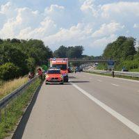 2020-07-01_A7-Dietmannsried_Leubas_Unfall_Pkw_Lkw_Feuerwehr_Poeppel_Poeppel_IMG_7050