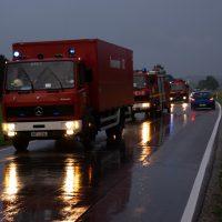 2020-07-02_Osterlauchdorf_Ostallgaeu_Unfall_Gülle-Anhaenger_Feuerwenr_Rizer_200702 Unfall Guellehaenger-3