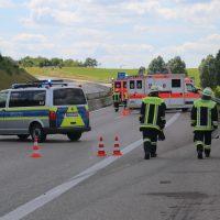2020-07-04_A96_Erkheim_Holzguenz_Unfall_Feuerwehr_IMG_7114