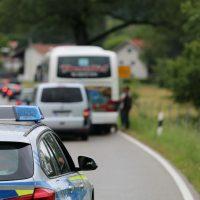 2020-07-06_Oberguenzburg_Ostallgaeu_Linienbus_Schwerverletzte_Frau_Rettunshubschrauber_Polizei_Poeppel_IMG_7145