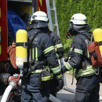 2020-08-10_Kempten_Ursulasried_Band_Halle_lackiererei_Feuerwehr_Poeppel_IMG_9461