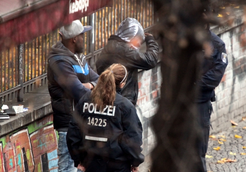 Polizei kontrolliert Drogendealer, über dts Nachrichtenagentur