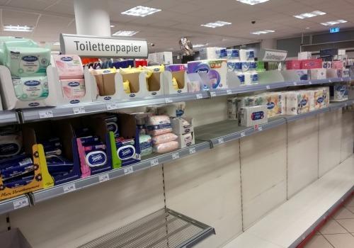 Hamsterkäufe im Supermarkt, über dts Nachrichtenagentur