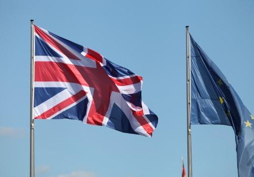 Fahnen von EU und Großbritannien, über dts Nachrichtenagentur