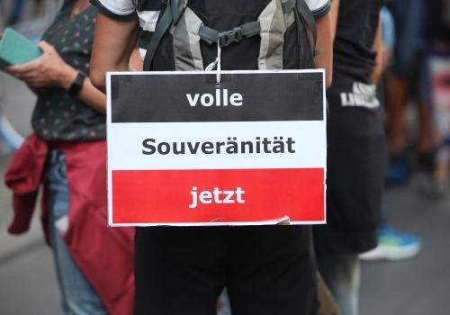 Reichsbürger bei Demo von Corona-Skeptikern am 29.08.2020, über dts Nachrichtenagentur