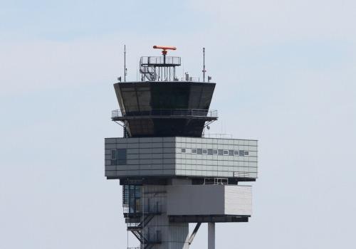 Flughafentower, über dts Nachrichtenagentur