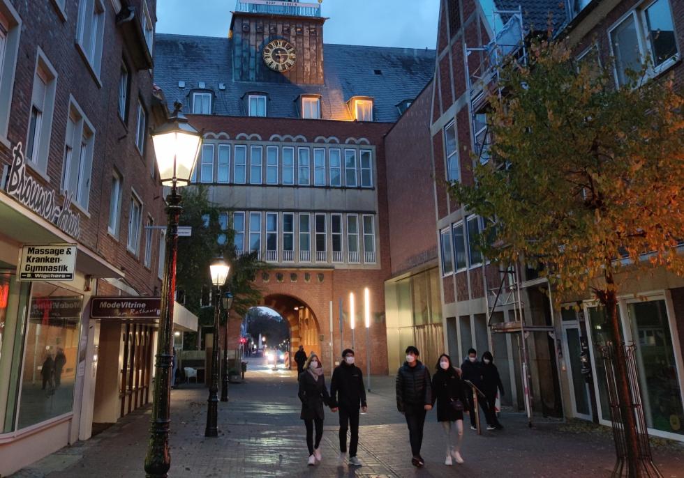 Innenstadt von Emden mit geschlossenen Geschäften, über dts Nachrichtenagentur